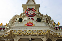 Casey's Corner (Disney Dan) Tags: travel vacation france restaurant spring mainstreet europe fastfood disney april mainst fr 2012 disneylandparis dlp mainstreetusa disneylandresortparis dlrp marnelavalle mainstusa disneypictures counterservice parcdisneyland disneyparks disneypics caseyscorner quickservice quickservicerestaurant disneylandparispark counterservicerestaurant
