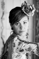 flamenca (d.bejarano) Tags: portrait byn blanco y retrato sony negro gloria alpha flamenca sevillana tharsis a900 cz135