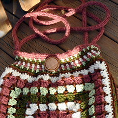 Giant granny handbag - close up (Kiwi Little Things) Tags: purse crocheted handbag grannysquare