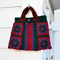 Symmetry: granny square handbag (Kiwi Little Things) Tags: crochet handbag grannysquares