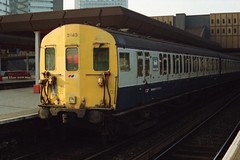 19930213 020 London Bridge Class 415 4-EPB 5243 (15038) Tags: electric londonbridge br trains emu railways britishrail 5243 2epb 4epb class415