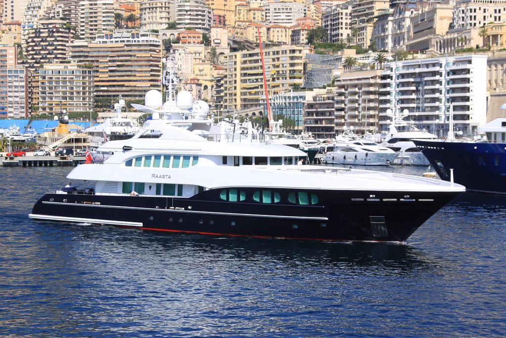 Raasta (Heesen Yachts 4700 Steel)