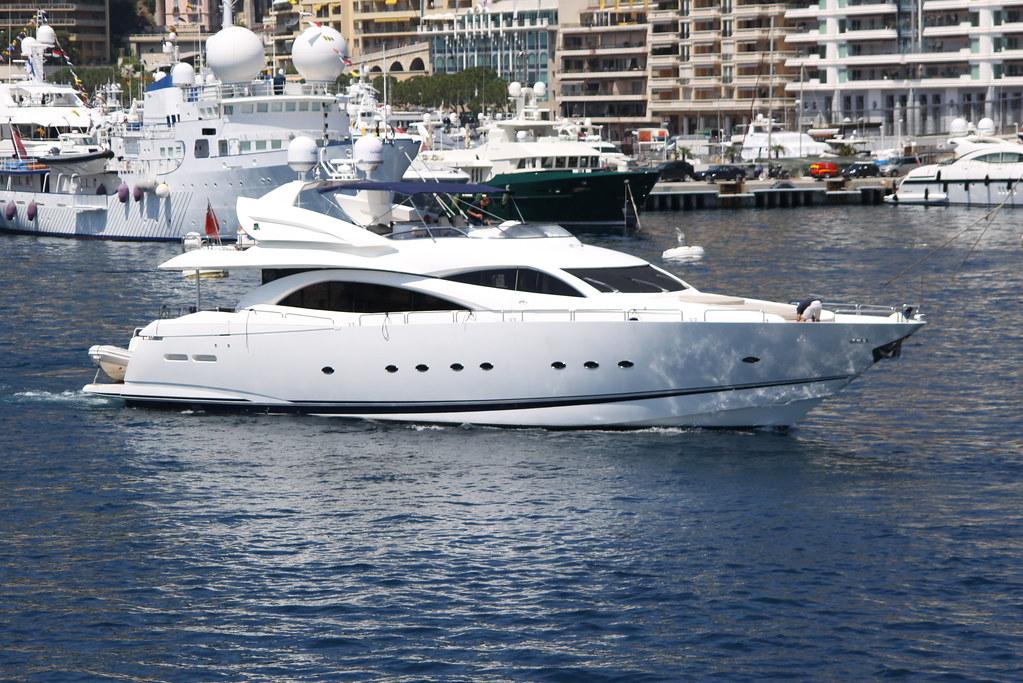 Winning Streak (Sunseeker 94 Yacht)