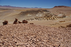 Salar de Tara, San Pedro de Atacama, Chile (ARNAUD_Z_VOYAGE) Tags: chile road park trip green cars nature rock stone america de landscapes los agua san flat ta