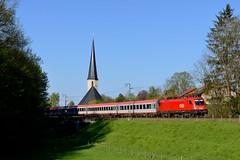 BB 1116.112 Fching (4224) (christophschneider1) Tags: oberbayern kirche siemens taurus bb eurocity kirchturm 1116 stjohannbaptist ec111 umleiter mangfalltalbahn fching kbs958 1116112