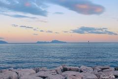 Tramonto su Capri (atrialbyfire) Tags: capri tramonto tramonti sunset sunsets shades light mare sea seaside seascape seascapes napoli naples napoles scogli cloud clouds italy italia view panorama panoramica