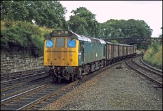 25084 Dunfermline 1Sep78 (david.hayes77) Tags: dunfermline sulzer type2 25084 class25