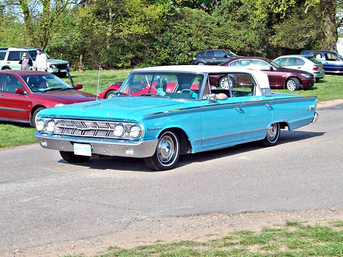 235 Mercury Monteray S-55 4 door Hardtop (1963)