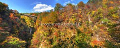 Naruko002 (vincemarion) Tags: red fall nature japan automne landscape rouge maple autumnleaves momiji gorge paysage tohoku japon naruko feuille koyo erable couleurautomnale