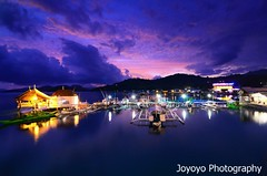 Sunset in Coron, Palawan Philippines (joyoyo) Tags: longexposure sunset nikon philippines timeexposure tokina 124 pro af coron 1224mm  f4 palawan dx atx tokina1224mmf4 blackcard    t124 tokinaatx124afprodx1224mmf4 tokinaatx124prodx joyoyo blackcardtechnique  d7000  tokinat124    reverseblackcard