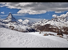 Switzerland : The Matterhorn in winter time /Zermatt . (Izakigur) Tags: alps schweiz switzerland nikon europa europe flickr suisse swiss feel gornergrat zermatt matterhorn kleinmatterhorn d200 svizzera wallis ch valais myswitzerland nikond200 izakigur cantonduvalais mygearandme izakiguralps izakigurzermatt izakigur2012