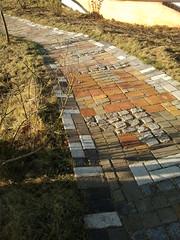 Ronald Mc Donald huis (Yvo93nl) Tags: beton bestrating natuursteen mozak opsluitband