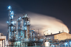 Industrial Revolution (arcreyes [-ratamahatta-]) Tags: industry japan night landscape smoke machine  bluehour industrialpark kawasaki     facotry kanagawaprefecture ukishima  agustinrafaelreyes