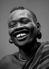 Bodi Man Laughing Face Hana Mursi Village Omo Valley Ethiopia (Eric Lafforgue) Tags: africa portrait people bw man men smile vertical laughing outdoors exterior village picture happiness tribal photograph hana laugh blackpeople omovalley ethiopia tribe mursi adultsonly hornofafrica bodi nomadic eastafrica abyssinia blackandwhitephoto menonly onepersononly humanface lookingatcamera meen 2946 onemanonly indigenousculture midadults snnpr southernethiopia blackwhitepicture truepeople 3539years oneadultmanonly omotic murzu 4044years southernnationsnationalitiesandpeoplesregion blackethnicity hanamursi ethiopianomovalley ethio2946