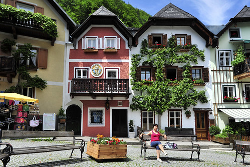 Hallstatt Austria Europe 哈斯達特 欧洲 Salzkammergut - original (not China copy) Copyright 2012 B. Egger :: eu-moto images 6958