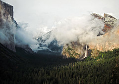 Clearing storm, late sun breaking through on Cathedral Rocks, El Capitan -Tunnel View, May 25, 2012, 6:59 pm. S95. #4568 (andrys1) Tags: yosemitenationalpark elcapitan cathedralrocks tunnelview bridalveilfall clearingstorm stormclearing maysnowstorm