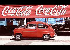 Seat 600 (yanfuano) Tags: auto cars car eos seat coke 600 motor cocacola 2012 seicento seisciento seat600 450d fiatseicento