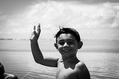 _MG_2227 (anderson boeira) Tags: praia beach mar kid photojournalism documentary streetphoto rua criana fotojornalismo fotografiadocumental