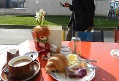 koffie, croissantje .....