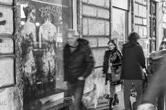 Boh !? (PuMaD3100) Tags: streetart roma graffiti streetphotography vetrina biancoenero vianazionale 2015 borondo