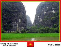 Trang An Grottoes Sao Khe River (vicbrasil) Tags: people vietnam hanoi grottoes sapa hilltribe cuong hoalu northeastregion northwestregion trangan redriverdeltaregion saokheriver
