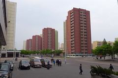 Residential buildings, Pyongyang (Daniel Brennwald) Tags: northkorea pyongyang dprk residentialbuilding nordkorea pjngjang