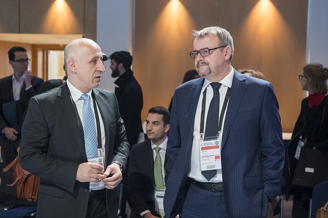 Dan Marian Costescu in discussion with Dan Ťok