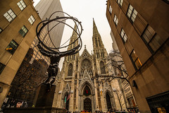 Atlas and St Patrick Cathedral (rafaelpuerto) Tags: nyc sculpture ny newyork church cathedral wideangle atlas stpatrick rockefeller 1018 5thave rafaelpuerto