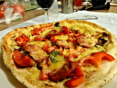Pizza cooked in airfryer/oven (Sandy Austin) Tags: food cheese pizza auckland homemade homecooking capsicum massey westauckland sandyaustin airfryer panasoniclumixdmcfz70 airoven