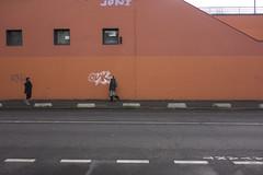 . (Le Cercle Rouge) Tags: france walker painters montreuil humans diaries graffitis