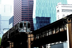(evaberry) Tags: usa chicago architecture illinois railway conrtast