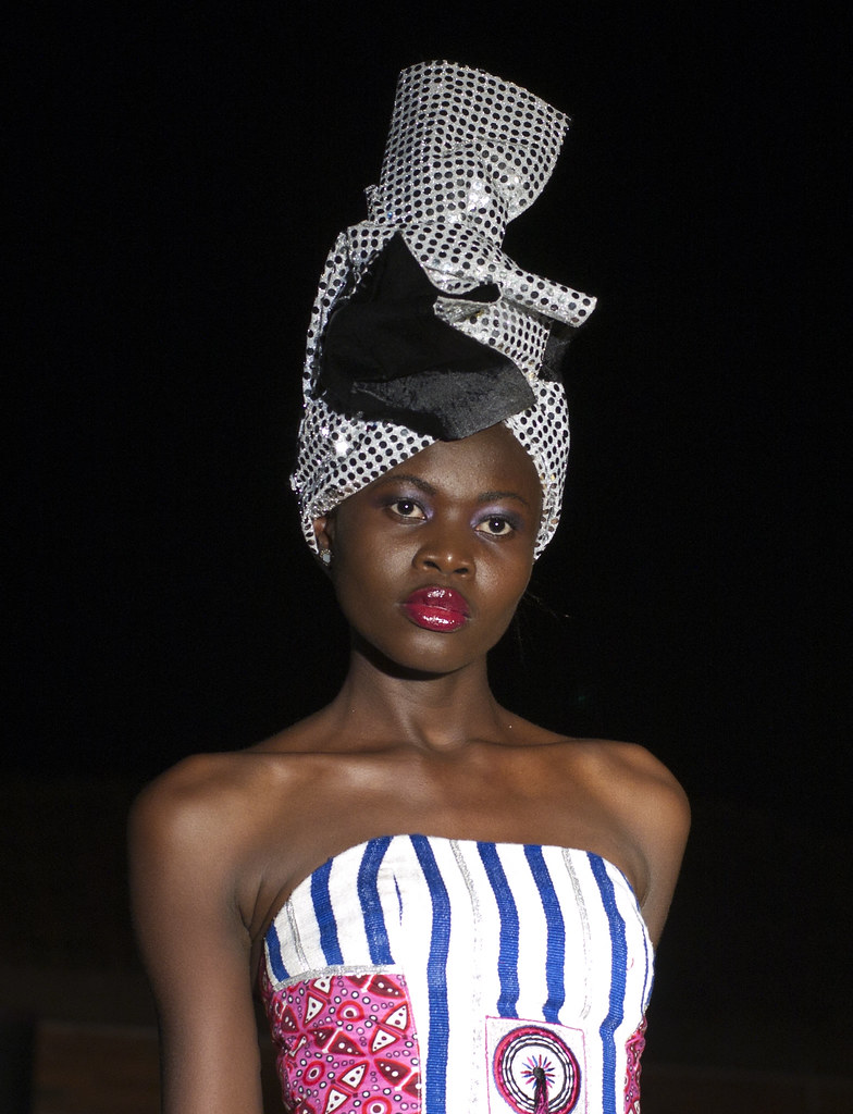 black single women in angola Beautiful angolan women maria castelo - miss angola world 2013 (7 photos)  vaumara rebelo (born august 23, 1991, luanda, angola) is miss angola 2012 she will .