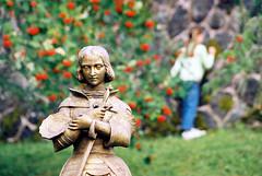 Statue (2/6) (Photographies au dtail, en gros, demi-gros.) Tags: statue auvergne pontgibaud chteaudauphin
