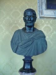 Rome090212-23m (LecteurPL) Tags: sculpture rome italie buste