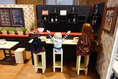 At the Ramen Shop (Smayocat) Tags: luts kiddelf dollnorth seniordelf sdf kdf darae mia