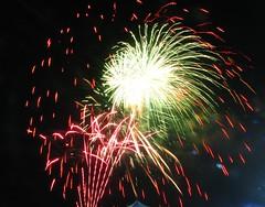 IMG_8605 (mariej55quebec) Tags: light color lumire firework qubec stjeanbaptiste plainesdabraham feuxartifice
