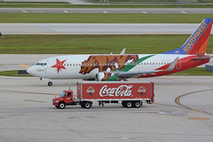 Ft Lauderdale, 21June16.03 (Pervez 183A) Tags: southwest truck airport florida airline cocacola ftlauderdale fll kfll