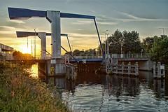 De Koppelbrug (Dannis van der Heiden) Tags: bridge trees netherlands river dawn nederland drawbridge brug zon amersfoort rivier eem koppelbrug tamron1024mm slta58 ringwegkoppel