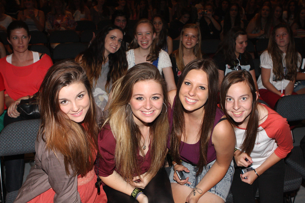 One Direction Fans by Eva Rinaldi Celebrity and Live Music Photographer, on Flickr
