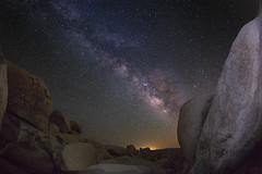 milky way (Eric 5D Mark III) Tags: california longexposure sky usa rock night canon landscape photography star unitedstates desert joshuatree wideangle fisheye twentyninepalms milkyway joshuatreenationalpark ericlo whitetankcampground eos5dmarkiii 5d3 ef815mmf4lfisheyeusm