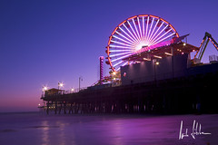 Santa Monica Beach (Tupilak79) Tags: california park travel pink sunset sea usa reflection beach water canon amusement pier losangeles long exposure pacific time 7d santamonicabeach ferrywheel
