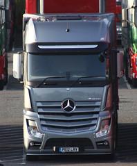 Mercedes Actros new look PE12 LRV (gylesnikki) Tags: truck grey artic mp4