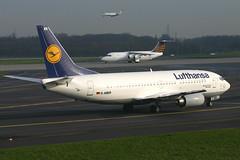 """Lufthansa D-ABER """"Merseburg"""" (Howard_Pulling) Tags: canon germany deutschland photo aircraft air picture 2006 german nrw boeing flughafen dusseldorf lufthansa 737 733 flug dus merseburg 737300 400d daber dusseldorfflughafen"""
