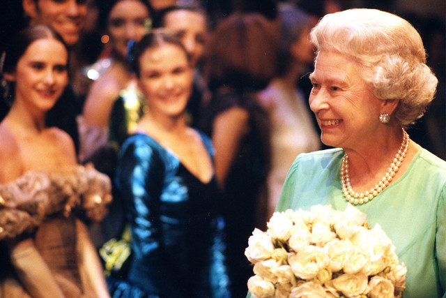 Her Majesty Queen Elizabeth II and Artists of The Royal Ballet, Golden Jubilee Gala 23 July 2002 © Rob Moore/ROH 2002