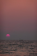 Pink Sunset - Ngapali Beach - Myanmar Burma (meckleychina) Tags: pink sunset beach hotel bay coast burma motel myanmar westcoast burmese thebeach bayofbengal rakhine ngapali thandwe royalbeach sandoway