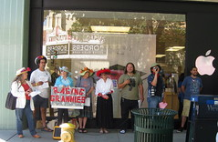 polite apple protest (bigsassysmurf) Tags: apple protest raginggrannies paloaltoworldmusicday