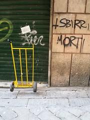 Genova, via del Campo 7/12/2013 (bluteo71) Tags: street city town liguria via genova citta urbanlandscape genua paesaggiourbano viadelcampo