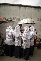 School girls, Solo. (adrian.crapciu) Tags: school canon indonesia java solo surakarta
