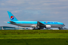 [CDG] KoreanAir Boeing 777-200ER _ HL7598 (thibou1) Tags: airplane nikon aircraft sigma boeing tamron spotting cdg boeing777 koreanair b777 lfpg b772 b777200 d7100 hl7598 thierrybourgain