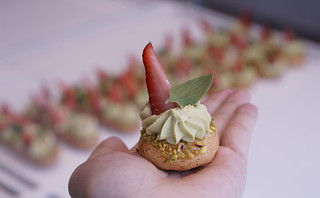 Annabelle | Whipped pistachio cremeux, fresh strawberry